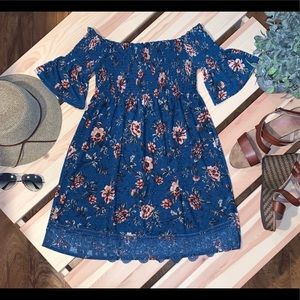 Off the Shoulder Floral Tunic